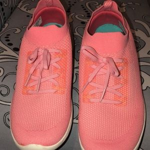 Skechers shoes new never use